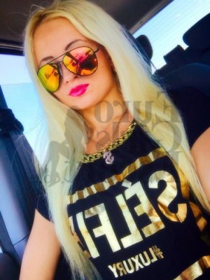 Thifanie escort girl in Ruston Louisiana